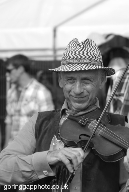 ON THE FIDDLE by Peter Brass