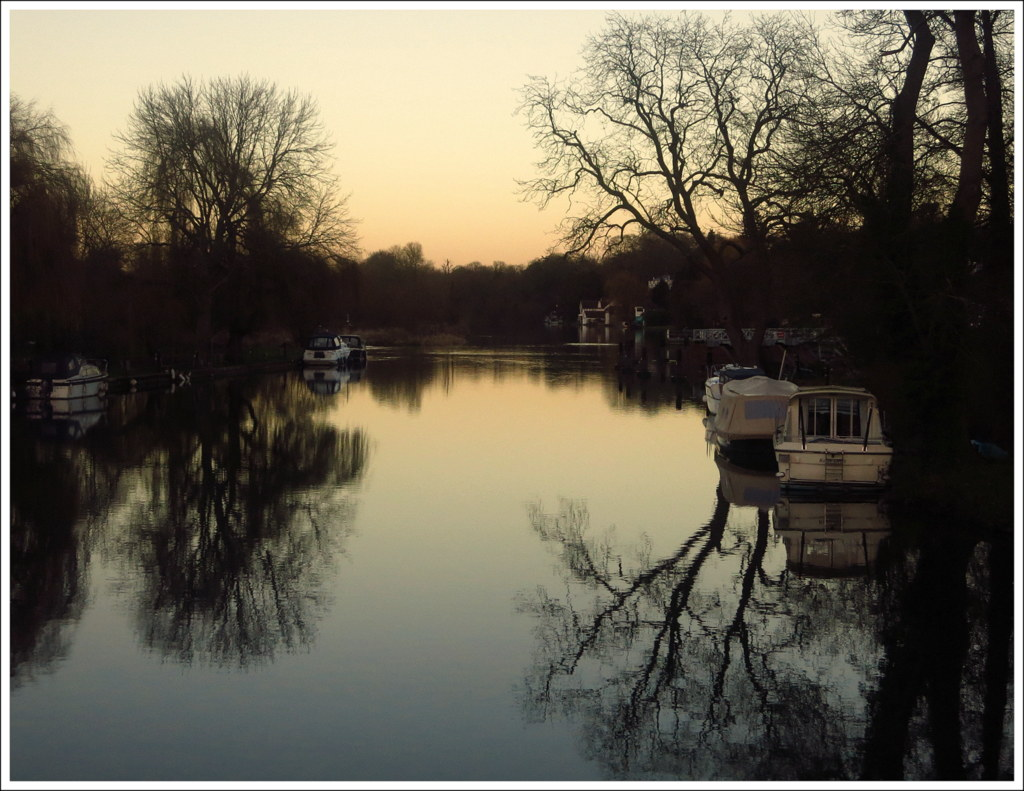 Copy-of-DUSK-ON-THE-THAMES-by-Brian-Davies